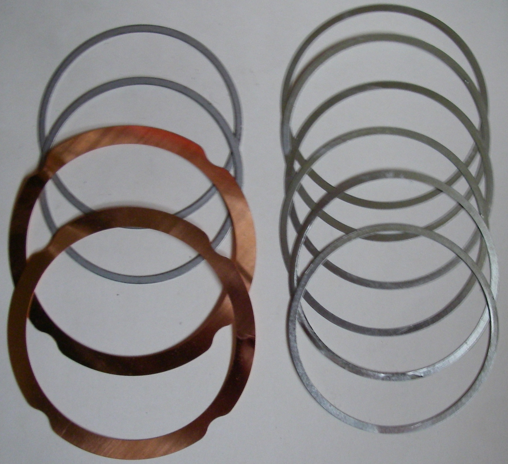 <b>Lister SR2 Engine Shim Set. </b>